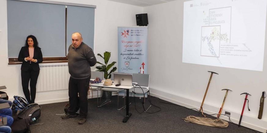 """DANI OTVORENIH VRATA EU PROJEKATA  Ivanečkim učenicima predstavljen projekt """"Obnova piramide na Ivančici"""""""