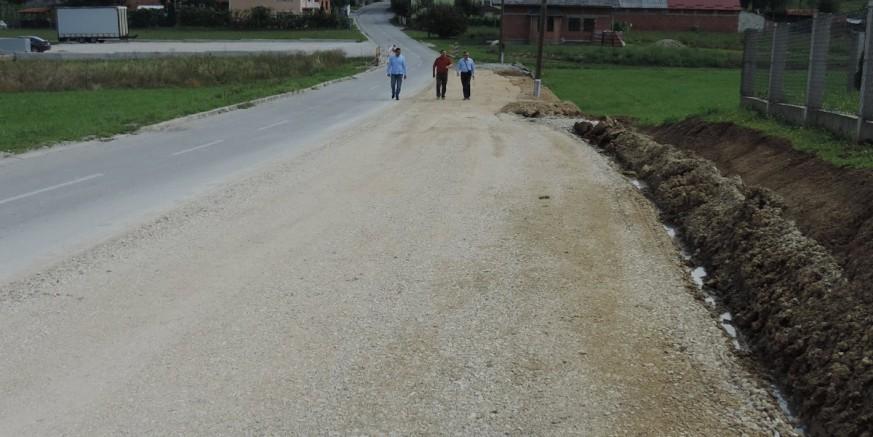 groblje radovan asfalt.jpg