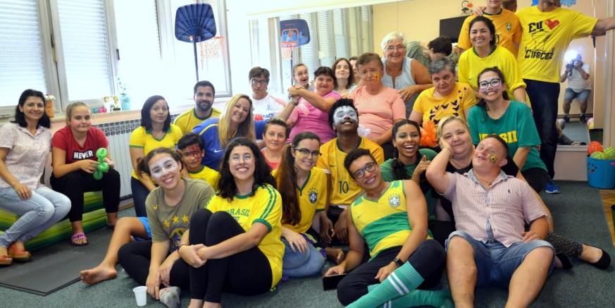 Volonteri iz Brazila obradovali članove Ivanečkog sunca