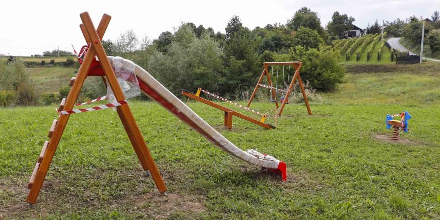 GRAD IVANEC Završeno opremanje sedam dječjih igrališta na širem gradskom području