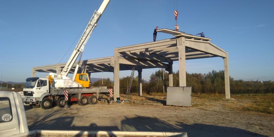 POSLOVNA ZONA IVANEC-ISTOK Klesarstvo Bregović – postavljen krov na novu proizvodnu halu