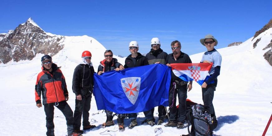 Šestero članova Planinarskog kluba Ivanec krenulo put Afrike; cilj - osvajanje Kilimandžara