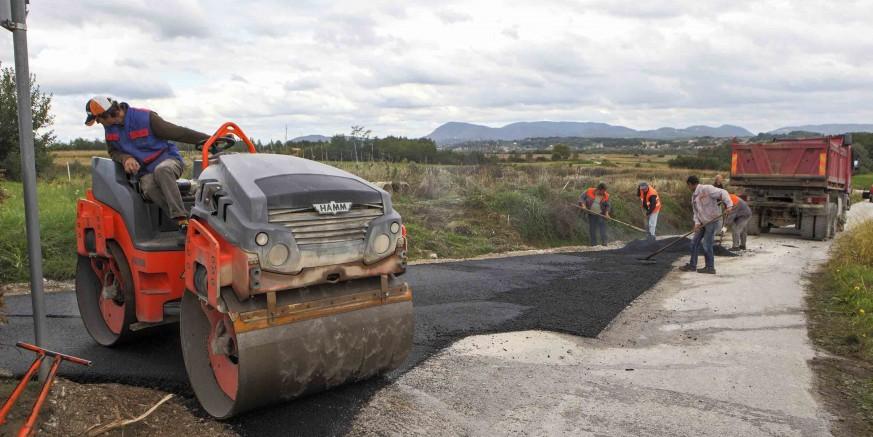 Za sigurniju školsku liniju - asfaltiran je dio ceste prema Lančiću