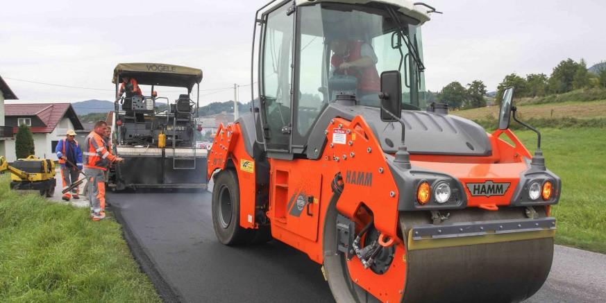 asfaltiranje1-salinovec-290915.jpg