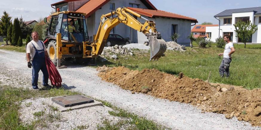 Počela gradnja javne rasvjete u odvojku Ulice Petra Preradovića