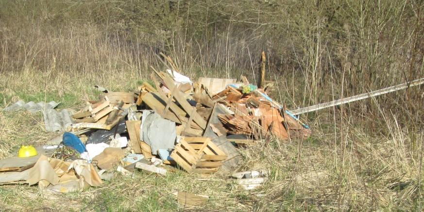 in131 otpad - mijesano smece.jpg