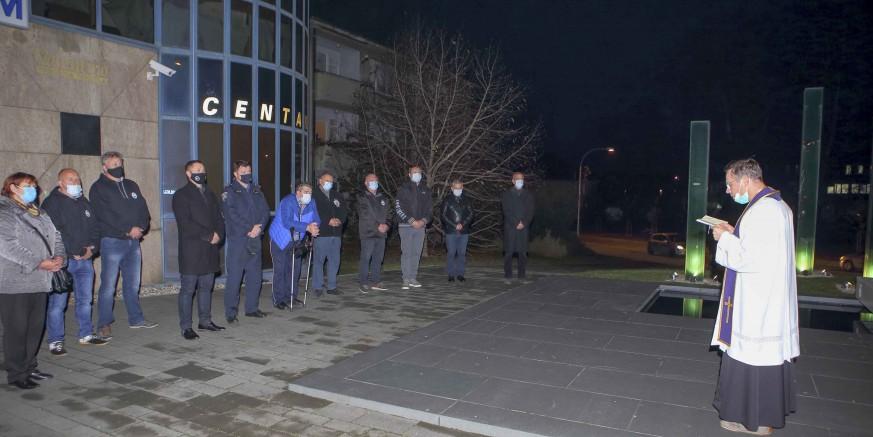 Ivanec se s tihim dostojanstvom prisjeća žrtava Domovinskog rata i posebno, Vukovara