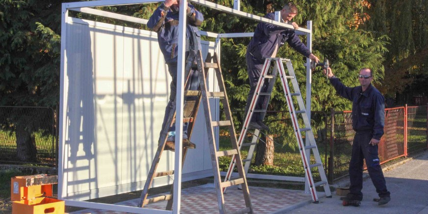 Postavljene su autobusne nadstrešnice u Ivancu, Horvatskom i Osečkoj