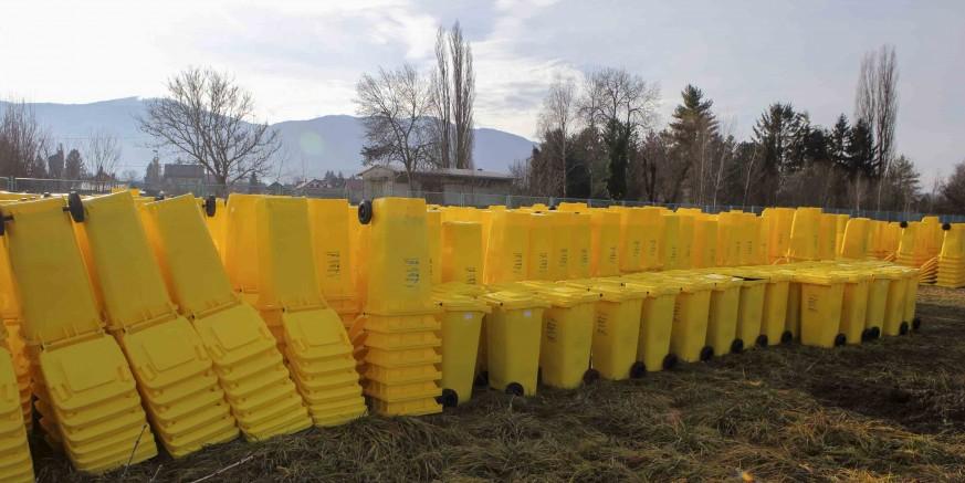 EU PROJEKT VRIJEDAN 2,32 MILIJUNA KN U tijeku isporuka spremnika za odvojeno prikupljanje otpada