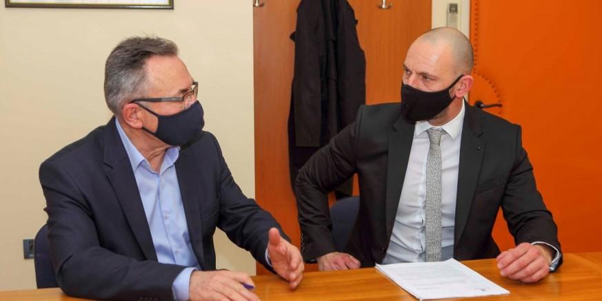 Gradonačelnik M. Batinić potpisao inicijativu saborskog zastupnika D. Habijana o proglašenju Parka prirode Ivančica