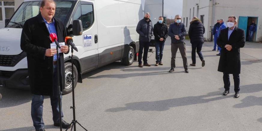 AGLOMERACIJA IVANEC Ivkom-vodama isporučeno specijalno vozilo za inspekciju sustava odvodnje vrijedno 1,18 mil. kn