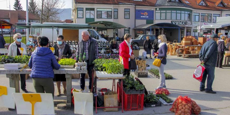 IVKOM d.d. Danas je službeno počeo rad gradske tržnice Ivanec u proljetnoj sezoni