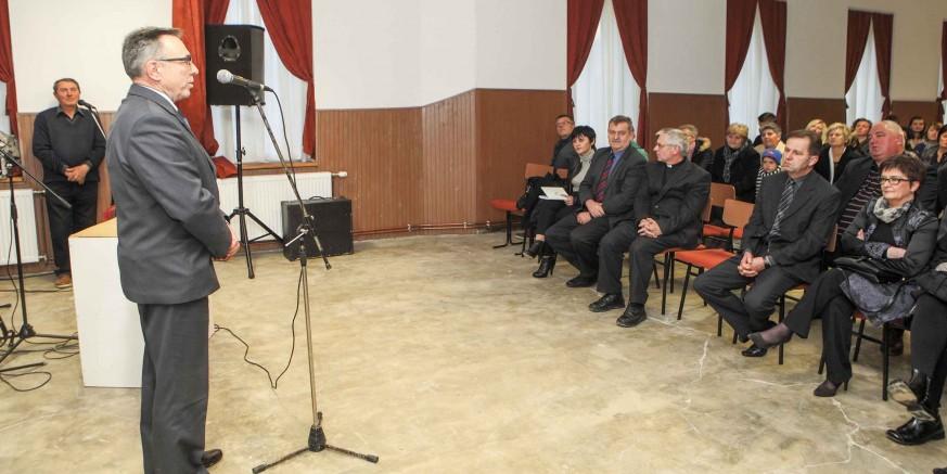 Slavlje u povodu otvaranja objekta energetski obnovljene stare škole u Stažnjevcu