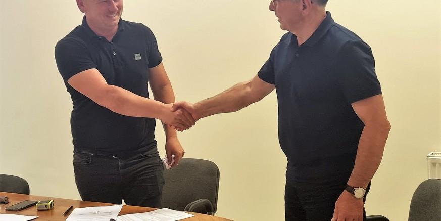 Potpisan ugovor, kreću radovi na adaptaciji stare škole u Salinovcu