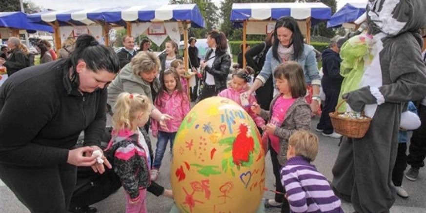 Svi građani i djeca pozvani su na Uskrsnu izložbu i Uskrsne igre mališana u subotu, 28. ožujka, ispred Gradske vijećnice Ivanec