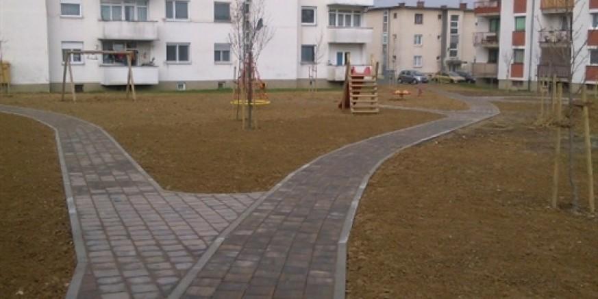 Ivkom obavlja završne radove na dječjem igralištu u Ivancu