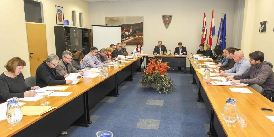 Gradsko vijeće Ivanca većinom glasova vijećnika HNS-a, SDP-a i HSU-a donijelo proračun za 2016. vrijedan 32 milijuna kuna