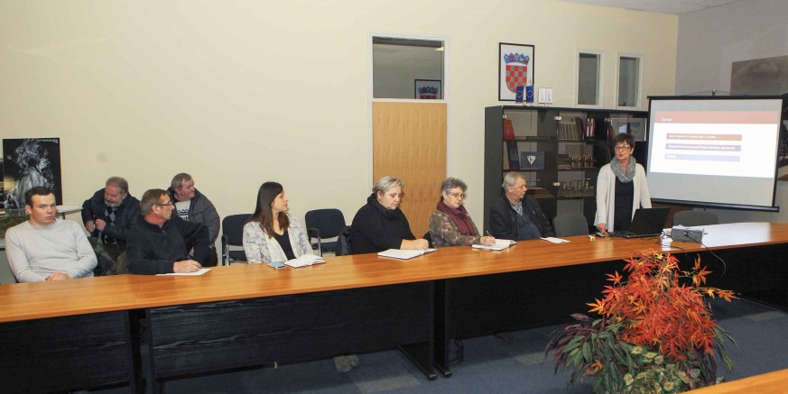 Sastanak s udrugama u Gradskoj vijećnici o kriterijima financiranja i ugovaranja programa i projekata u 2016.